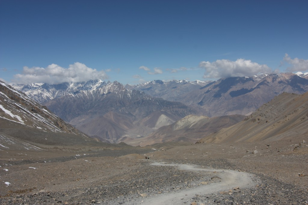 Gorgeous horizon and descent into Muktinath